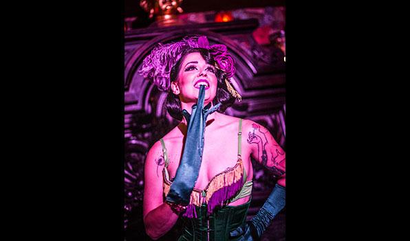 slide10_cabaret_gallery.jpg