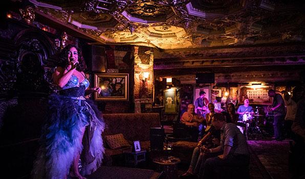 slide8_cabaret_gallery.jpg